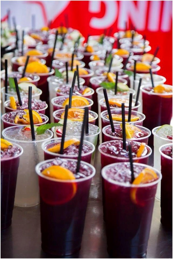 RED-AND-WHITE-RUNNING-BULL-SANGRIA